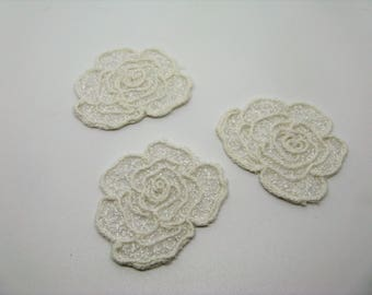 Set of 3 badges applications fusing shape flowers ivory-ref 6B