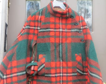 fabulous    1950S   PURE wool womens plaid  cape poncho    with matching belt