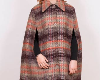 Vintage Macnab Tartan Wool Cape - www.brickvintage.com
