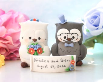 Bride and groom figurines Owl wedding cake toppers - personalized elegant rustic country cornflower blue coral red pink names Mr & Mrs