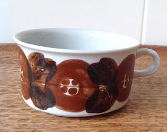 Vintage Arabia tea cup Rosmarin design by Ulla Procope, signed on base.