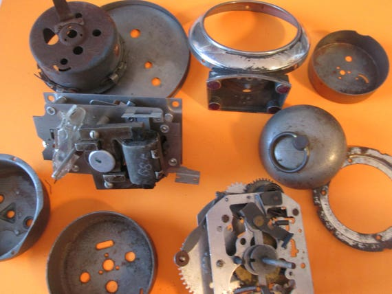 9 Piece Lot of Vintage Rusty and Dusty Alarm Clock Pans and Assorted Parts for your  Clock Projects,  Steampunk Art & Etc...