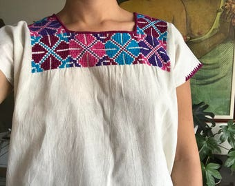 Mexican embroidery blouse, Size S / M /