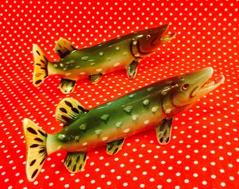 Northern Pike Fish Salt and Pepper Shakers made in Japan circa 1950s