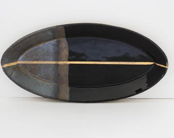 Ovali Plate-Two-tone Black Gold Luster Jewelry Catchall Dish