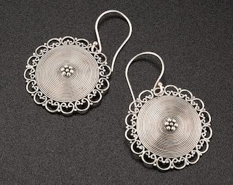Bohemian earrings. filigree earrings.bohemian wedding earrings. sterling silver round earrings.