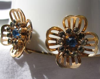 Vintage BUGBEE & NILES Signed Mid Century Earrings, Open Cut Gold Flower with Blue and Gray Rhinestones, Screw Backs