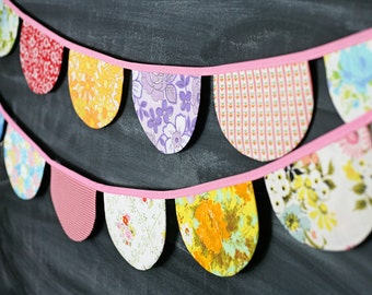 Scallop Bunting Banner / Vintage Nursery Decor / Baby Shower / Birthday Party Decoration - Small Scallops - Handmade from Vintage Sheets