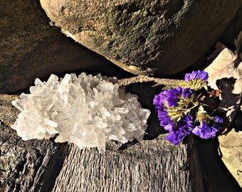 Natural White Chrysanthemum Quartz Crystal