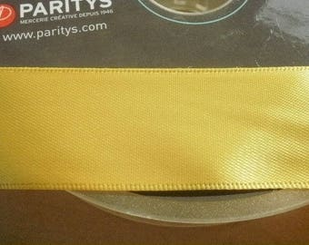 Two meters of satin ribbon, 2.5 cm width, color yellow
