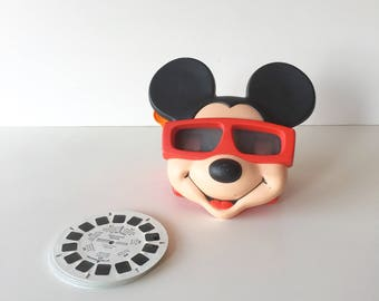 Vintage Mickey Mouse Viewmaster with 6 Hollywood Mickey Slides