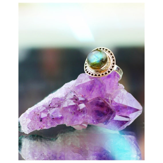 STATEMENT LABRADORITE RING - Sterling Silver Ring- Labradorite Ring- Healing Crystal Jewellery- Chakra Ring- Statement Ring- Boho- Vintage