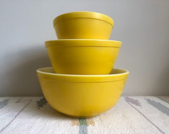 """Vintage Yellow PYREX Rare """"Bright Yellow"""" Mixing Bowls / 441 + 442 + 443 / Vintage Nesting Bowls / Mothers Day Gift Set / Made in USA"""