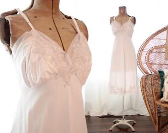 Vintage soft light pink gray lace appliqué slip dress chemise nightie romanic bourdoir