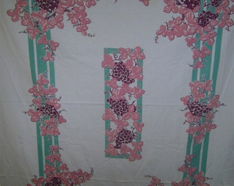 1950s PRINT KITCHEN TABLECLOTH - Pastel Grape Arbor