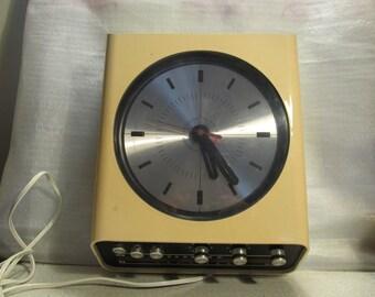 Space Age Europhon H30 / Universum Radio Clock