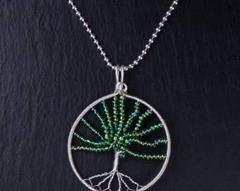 Sterling silver wire tree pendant (Green)