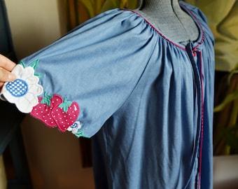 Large  - Sweet House Dress - Model's Coat - Strawberry Sleeves