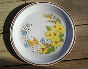 Vintage Lot of 20 Dishes Floral expressions Hearthside
