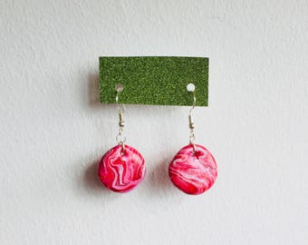 Pink/red/white glittery glazed circle dangle earrings
