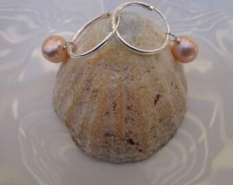 Natural pink pearl silver hoop earrings. 9.5m AA plus grade,fantastic pink pearl on sterling silver hoops.