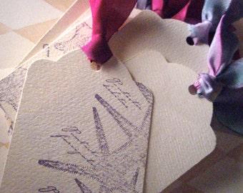 Magenta et vacances temps - lot de 10 étiquettes enrubanné de soie sur le thème océan - violet
