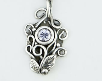 Bouquet Woodland pendant, elvish flower pendant, sterling silver flowers and leaves necklace