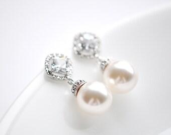 Pearl Bridal Earrings Pearl Wedding Earrings Crystal Pearl Bridal Earrings Swarovski Pearl Jewelry Rhombus Post Pearl and Crystal Earrings