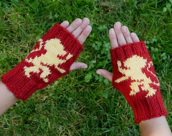 Game of Thrones House Lannister Fingerless Gloves - Texting Gloves Crimson Wristwarmers - Lannister Golden Lion Hand Knit Fingerless Mittens