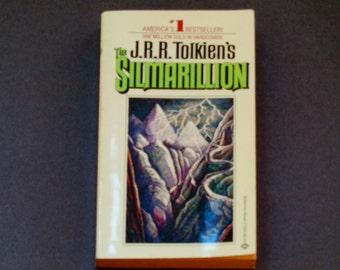 J.R.R. Tolkien - The Silmarillion - First Ballantine Edition 1979 - Vintage Paperback Book - Fantasy Novel - Middle Earth - Ea
