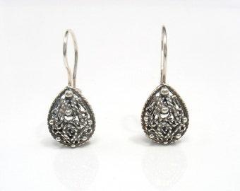 Just a Pear - silver filigree earrings