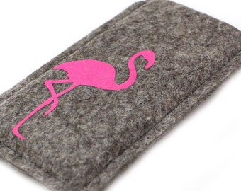Felt sleeve / case / cover for your smartphone with flamingo