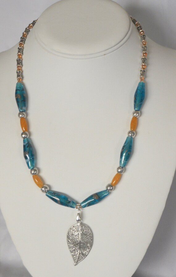 """16"""" Teal Necklace with Leaf Pendant"""