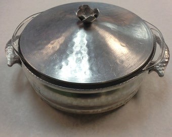 c.1940s-1950s Hand Hammered Covered Casserole Dish with Pyrex 1 1/2qt. Insert