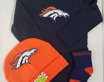 Denver Broncos baby outfit-denver broncos baby shower gift set-denver broncos newborn-baby broncos-broncos take home outfit/broncos baby