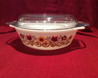 Pyrex JAJ Briarwood Round Casserole Dish 2 pint #509  circa 1970
