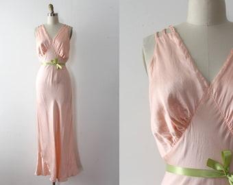 vintage 1930s slip // 30s pink bias cut slip dress lingerie