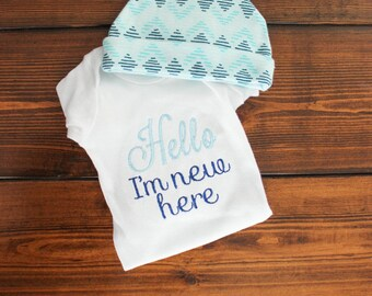 Hello I'm New Here Onesie - Going Home Outfit - Baby Boy Outfit - Newborn Outfit Set - New Baby Gift - Going Home Onesie - Newborn Bodysuit