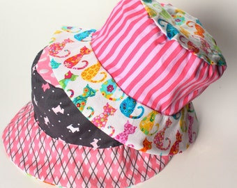 Baby girl bucket hat for sun protections, adorable travel sun hat for kids with puppies and kitties