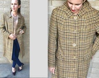 Rare 40s Pendelton tweed winter coat/ museum day/ houndstooth beige tartan plaid/ grosgrain satin/ bakelite / small to medium