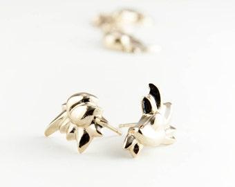 1 paire de boucles d'oreille or cœur et fleur