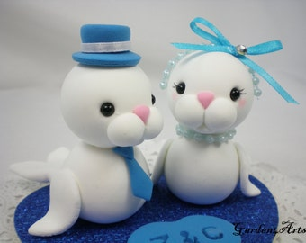 Wedding Cake Topper-Love Seal Couple with Heart Base - SPECIAL FOR 2018