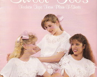 Sweet Tee's Leisure Arts Leaflet 1205, Fashion Tops From Plain T-Shirts