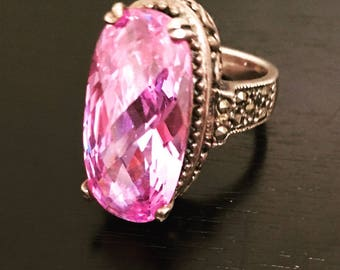 OVAL LILAC RING
