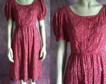 final sale -- Vintage 1980s Berry Vine Print Dress