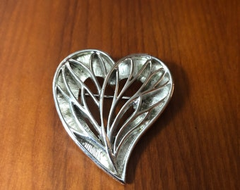 """Vintage 2"""" Heart Brooch"""