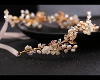 Bridal hair vine Wedding hair accessories Bridal hair piece Freshwater pearls Wedding unique hair piece Wedding hair piece crystals