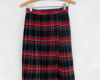 Vintage 60s Plaid Skirt, Pleated Skirt, Wrap Skirt, School Girl Skirt, High Waisted Skirt, TARTAN Plaid Sm
