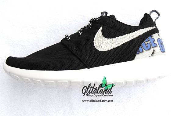 0022117e73f22 Crystals amp  Black Roshe Run Heel Logo with Women White Nike Swarovski  Blinged SWAROVSKI® ...
