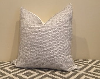 Gray Geometric Pillow, Gray Toss Pillow, Geo Pillow, Gray White Pillow, Grey Pillow, Gray Pillow Case,